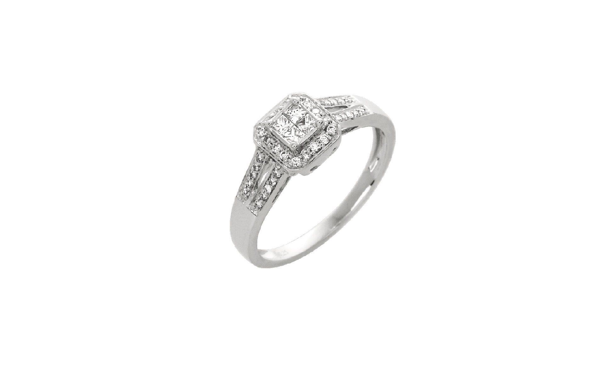 bague or blanc diamant carre